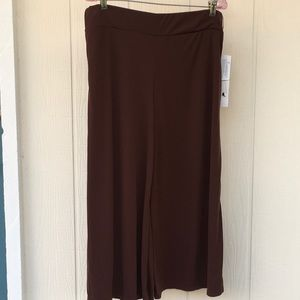 NWT LARRY LEVINE Brown Stretchy Palazzo Crop Pants